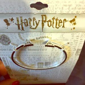 NWT Harry Potter's deathly hallow bracelet silver